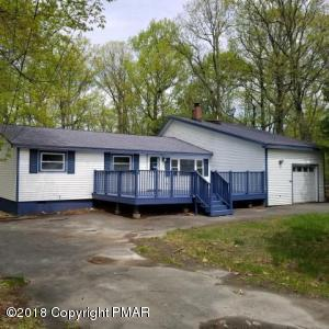 114 Maria Ln, Dingmans Ferry, PA 18328