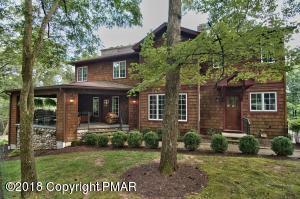578 Pheasant Ln, Buck Hill Falls, PA 18323