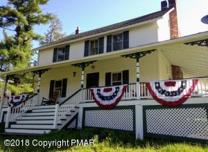 837 Bear Lake Road, Gouldsboro, PA 18424