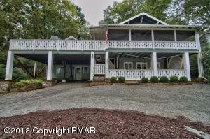 150 Rabbit Run Rd, Buck Hill Falls, PA 18323