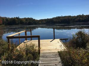 88 Lake Natalie Drive, Gouldsboro, PA 18424