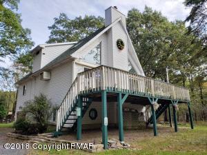 617 Mallard Ln, Bushkill, PA 18324