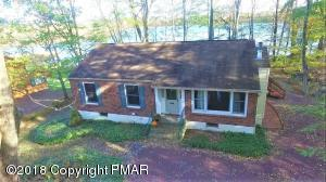 142 Cottontail Ln, Pocono Lake, PA 18347