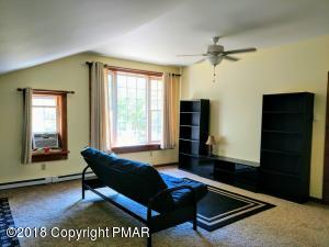 Address Withheld by Owners Req, Cresco, PA 18326