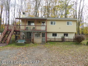 387 Stillwater Drive, Pocono Summit, PA 18346