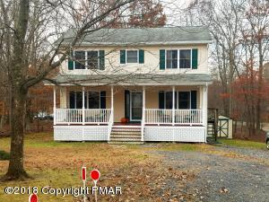 607 Galion Dr, Tamiment, PA 18371