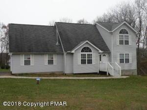 304 Lakefield Ter, Stroudsburg, PA 18360