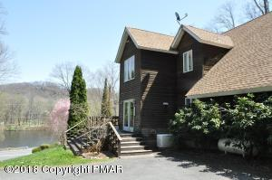 3514 River Rd, Mount Bethel, PA 18343