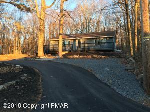 6368 E Lakeshore Dr, East Stroudsburg, PA 18302