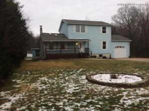 97 Autumn Ln, Jim Thorpe, PA 18229