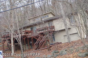6375 Decker Road, Bushkill, PA 18324