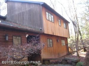 3205 Birch Hill Dr, Tannersville, PA 18372