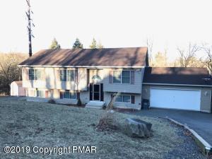 338 Overlook Dr, East Stroudsburg, PA 18301