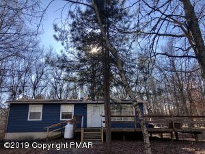 140 Ruffed Grouse RD, Bushkill, PA 18324