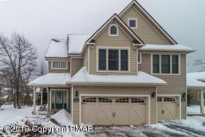 194 Sycamore Ct, Tannersville, PA 18372