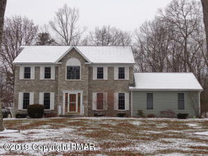 214 Sycamore Dr, East Stroudsburg, PA 18301