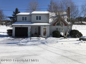 319 W Windsor Rd, Saylorsburg, PA 18353