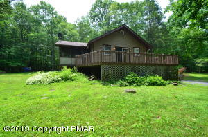 2601 Pocono Forested Dr, East Stroudsburg, PA 18302