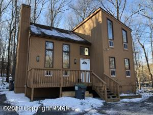 102 Mayfield Court, East Stroudsburg, PA 18301