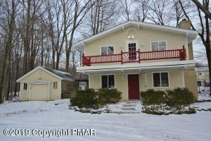 309 Winchester Dr, Tobyhanna, PA 18466