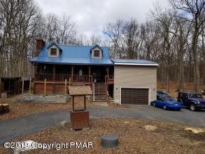 372 Whippoorwill Dr, Bushkill, PA 18324