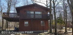 5121 Beach Side Dr, Tobyhanna, PA 18466