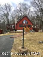 487 Mooch Ln, Bushkill, PA 18324