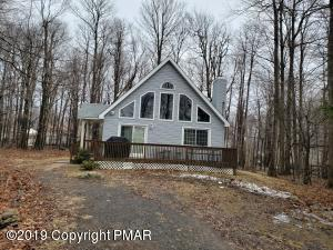 2508 Waterfront Dr, Tobyhanna, PA 18466