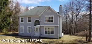 347 Clearview Dr, Long Pond, PA 18334