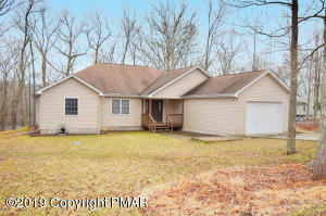 207 Brandyshire Drive, Tamiment, PA 18371