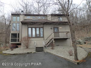3114 Cherry Ridge Rd, Bushkill, PA 12864