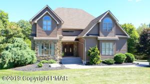 3315 Mountain View Dr, Tannersville, PA 18372