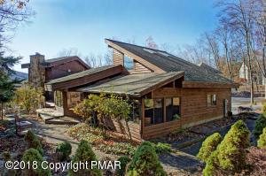 106 Aspen Ln, East Stroudsburg, PA 18302