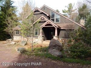 247 Miller Dr, Pocono Pines, PA 18350