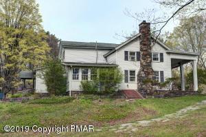 1335 W Sugar Mtn Road, Bushkill, PA 18324