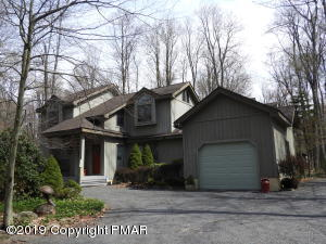 1130 MANOR HILL RD, Pocono Pines, PA 18350