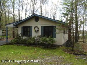 141 Lake Drive East, Gouldsboro, PA 18424
