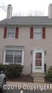 132 Eaglesmere Cir, East Stroudsburg, PA 18301