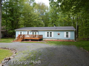 135 Ridge Rd, Pocono Lake, PA 18347