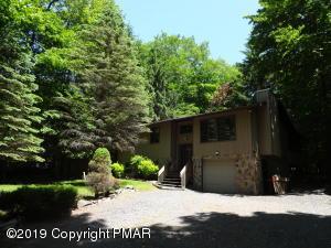 76 E Creek View Dr, Clifton Township, PA 18424