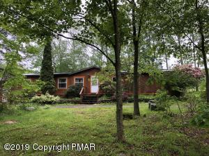 200 Private Dr, Springbrook Township, PA 18444