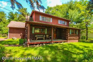 58 Hickory Rd, Lake Harmony, PA 18624