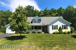 656 W Oak Ln, White Haven, PA 18661
