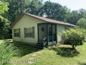 20 Hiawatha Trl, Albrightsville, PA 18210