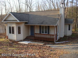 182 Dunchurch Drive, Bushkill, PA 18324