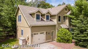 129 Laurel Ct, Tannersville, PA 18372