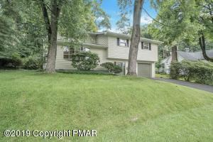 124  Maple Ave, East Stroudsburg