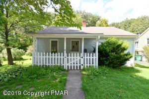 55 Grandview Street, East Stroudsburg, PA 18301