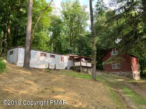 2058 River Rd, Mount Bethel, PA 18343