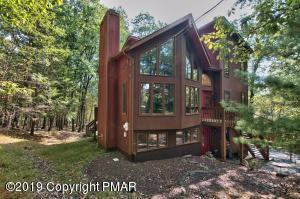 Beautifully kept prow front home with tons of square feet.